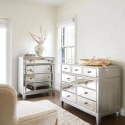 bedroom furniture - Mirrored Silver Chest & Dresser Bedroom Set