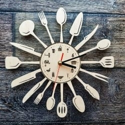 46. kitchen clock upcycling (1)