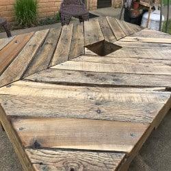 Chevron Pallet Wood Patio Table (1)