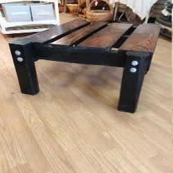 Outdoor Pallet Coffee Table (1)