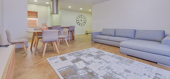 Pallet patio furniture-apartment