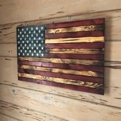 Pallet patio furniture-Rustic Flag (1)