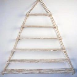 Pallet patio furniture-Suspended triangular pallet furniture (1)