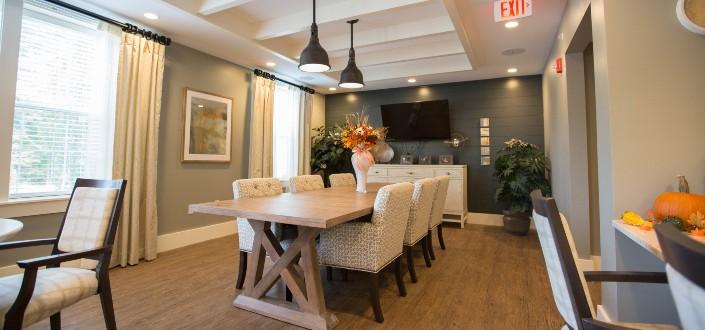 Minimalist Dining Room Furniture Ideas