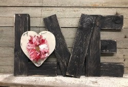 pallet furniture ideas - Pallet Love Sign