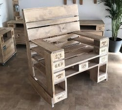 pallet furniture ideas - Pallet furniture rocking chair in pallet
