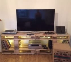 pallet furniture ideas - TV Rack Palettenmöbel