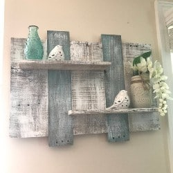 pallet furniture ideas - Wide Rustic pallet shelf