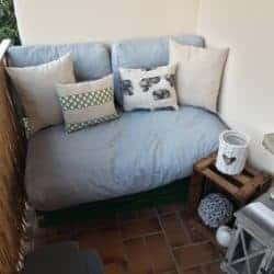 Lounge pad, pillows and cushions for pallets