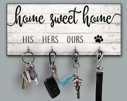 Best Housewarming Gifts - Personalized Key Holder (1)