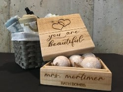 Personalzied Unique Housewarming Gifts - Personalized Wood Gift Box Bath Bomb Gift Set (1)