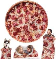 funny housewarming gifts - Pizza Blanket