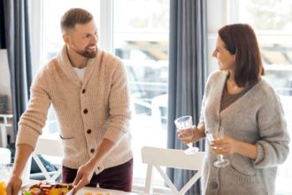 housewarming gifts for men - featured (1)