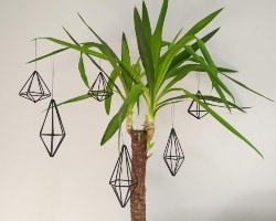 53. Hanging Diamond Bauble (1)