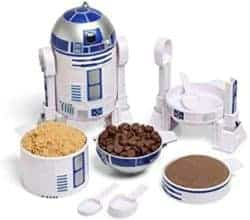 Unique practical housewarming gifts - Star Wars R2-D2 Measuring Cup Set