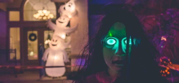 5 inflatable Halloween decorations.jpg