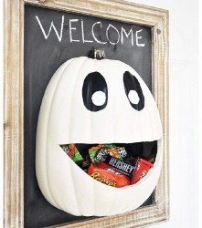 Pumpkin With Chocolate Holder Inside (1)