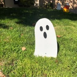 Cheap Outdoor Halloween decorations - Ghost Walkway Sign
