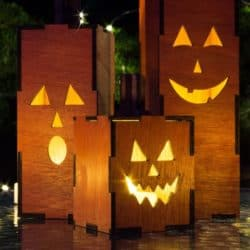 Cheap Outdoor Halloween decorations - Light-Up Jack O Lanterns