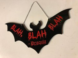 Cheap Halloween Decorations - Dracula Bat Sign (1)