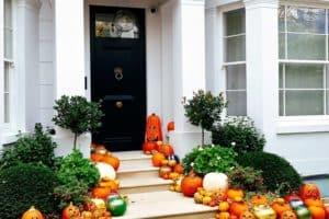 Outdoor Halloween Decorations - featured