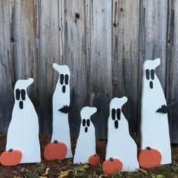 Outdoor Halloween yard decorations - Primitive Wood Ghost with bat and pumpkin on metal stake