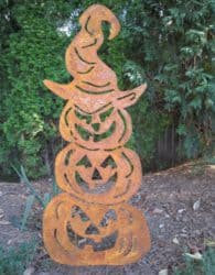 Outdoor Halloween yard decorations - Three Stacked Pumpkins Garden Stake