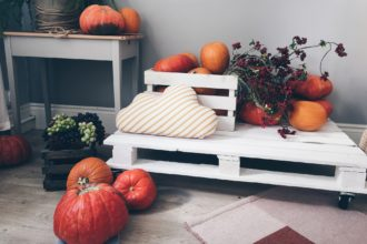 fall decorations - featured