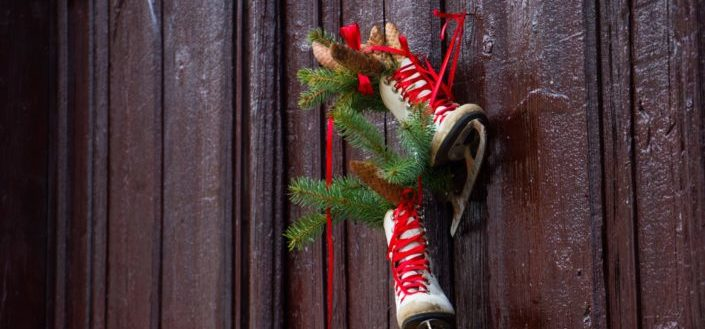 vintage christmas door decorations.jpg